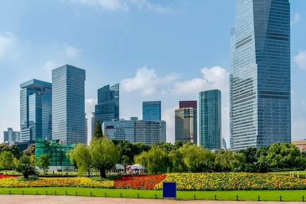 Wolkenkrabbers in het financiële district van lujiazui, shanghai Premium Foto
