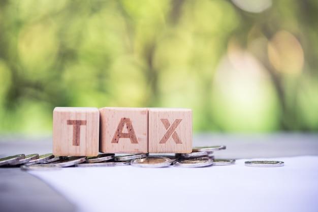 Word block tax op loonlijstinformatieformulier Premium Foto