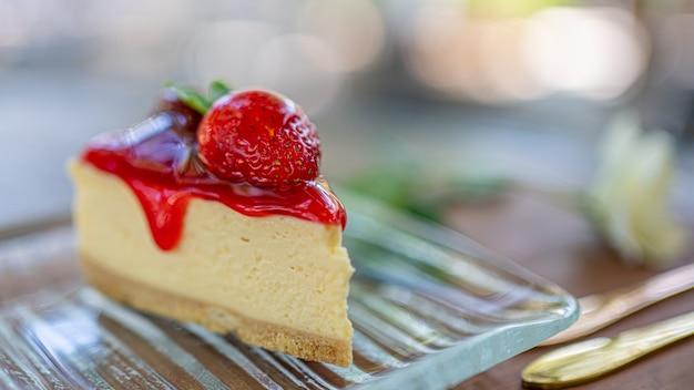 Yummy strawberry cheesecake Premium Foto