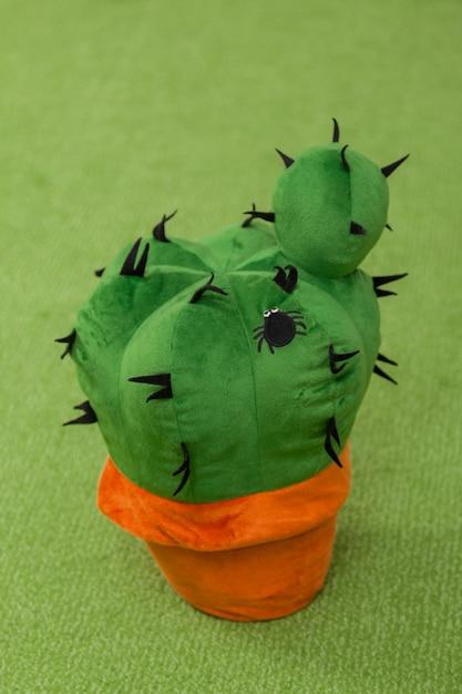 Zacht stuk speelgoed cactus Premium Foto
