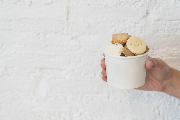 Zelfgemaakte ijs in kopje Gratis Foto
