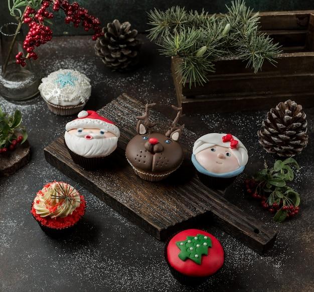 Zoete pannenkoeken op tafel Gratis Foto