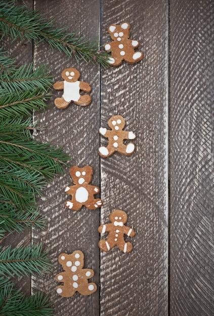 Zoete peperkoeken in de vorm van een teddybeer Gratis Foto