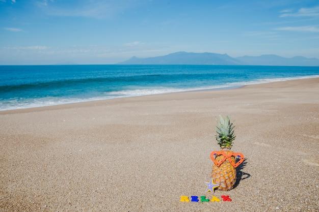 Zomer samenstelling op het strand Gratis Foto