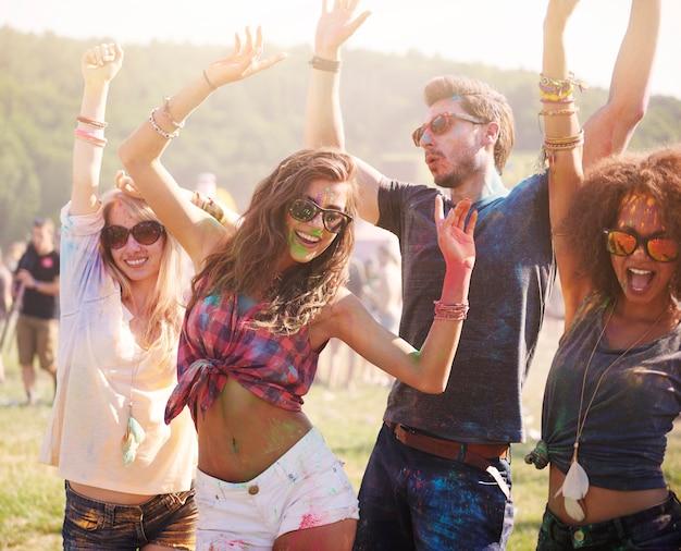Zomer, vrienden en goede muziek! Gratis Foto
