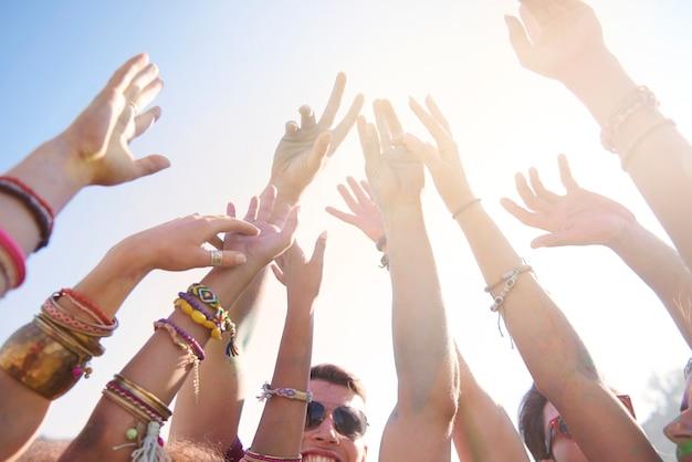 Zomermuziekfestival dat veel mensen trekt Gratis Foto