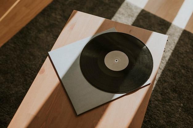 Zwart retro vinyl record ontwerpelement Gratis Foto