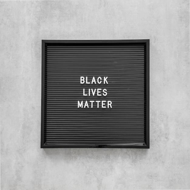 Zwarte levens zijn belangrijk met frame Gratis Foto