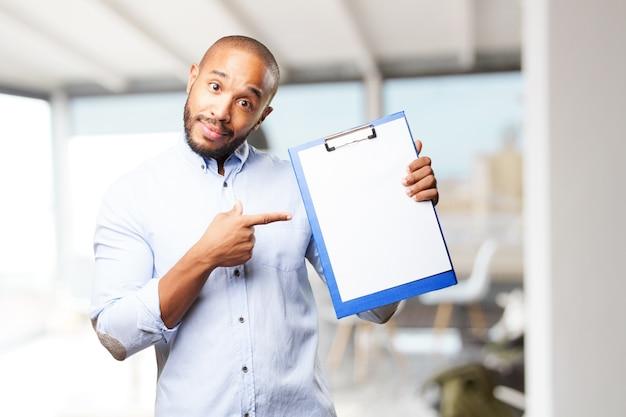 Zwarte zakenman gelukkige uitdrukking Gratis Foto