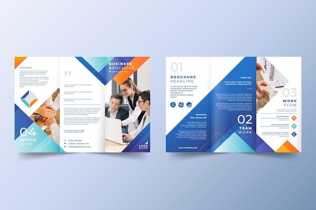 Abstract driebladig brochuremalplaatje met foto Gratis Vector