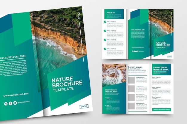 Abstracte driebladige brochure sjabloon concept Gratis Vector