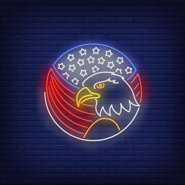 Adelaar en amerikaanse vlag in het teken van het cirkelneon. vs symbool, dier, geschiedenis. Gratis Vector