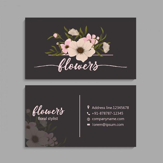 Adreskaartje met mooie bloemen. Gratis Vector