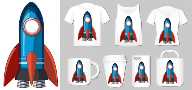 Afbeelding van blauwe raket op verschillende productsjablonen Gratis Vector