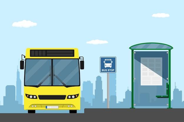 Afbeelding van een gele stadsbus op een bushalte, stijlillustratie Premium Vector