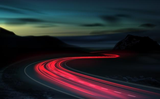 Afbeelding van een langdurige blootstelling aan lichte voertuigen op een snelweg tegen een achtergrond van kleurrijke zonsondergang Premium Vector