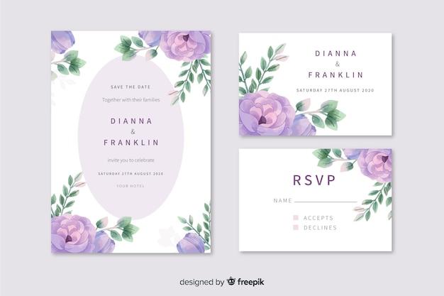Aquarel bruiloft uitnodiging met paarse bloemen Gratis Vector