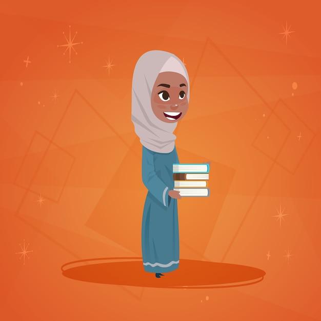 Arabisch meisje houdt boeken kleine cartoon Premium Vector
