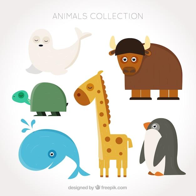 Assortiment van fantastische dieren in plat design Gratis Vector