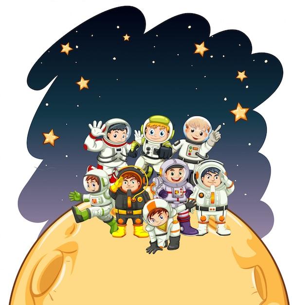 Astronaunts die op de planeet staan Gratis Vector