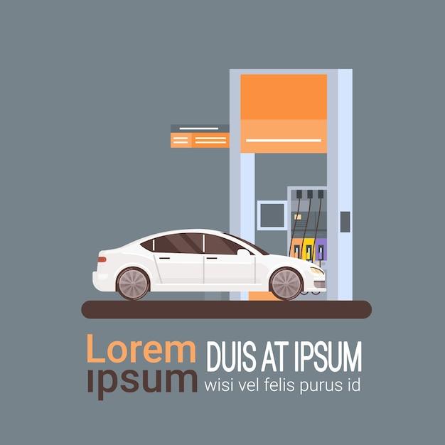 Auto die bij benzinestation van brandstof voorziet Premium Vector