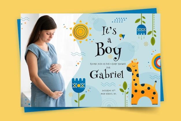 Baby shower kaartsjabloon voor jongen met foto Gratis Vector