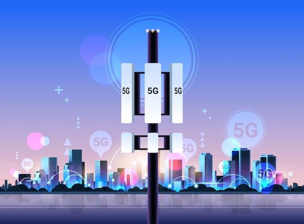 Basisstation ontvanger 5g online communicatie toren netwerk technologie systemen verbinding informatie zender concept Premium Vector