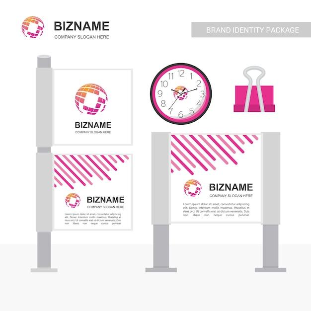 Bedrijfsblog banner uniek ontwerp met wereldkaart logo Gratis Vector