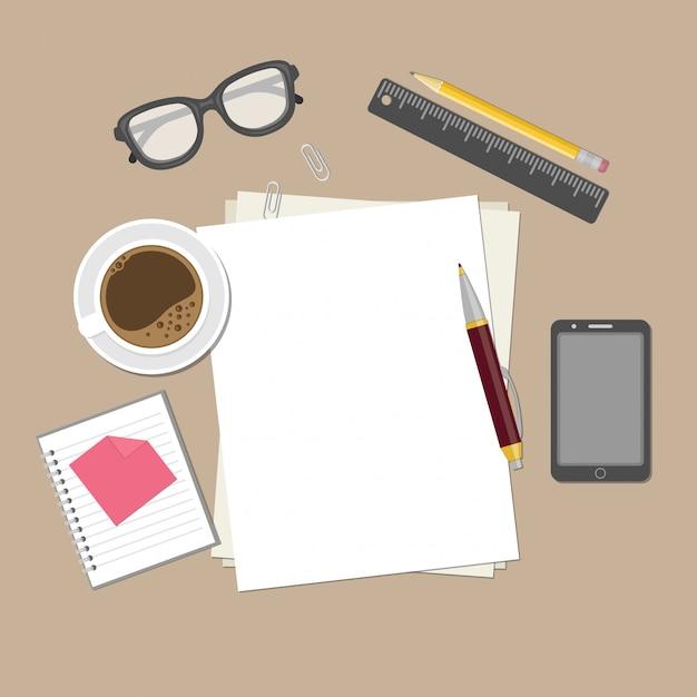 Blanco vellen papier op het bureaublad. Premium Vector