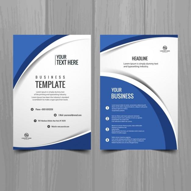 Blauwe en witte golvende brochure sjabloon Gratis Vector