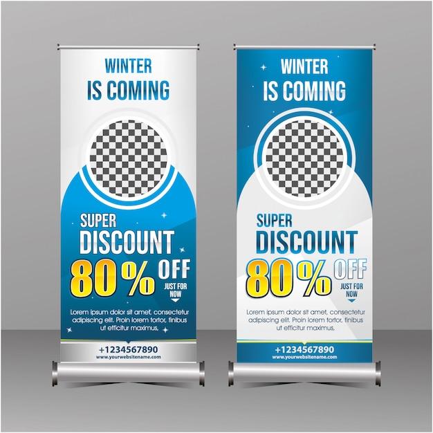 Blauwe en witte moderne meetkunde staande rollup banner sjabloon super speciale aanbieding verkoop korting, winter verkoop promotie Premium Vector
