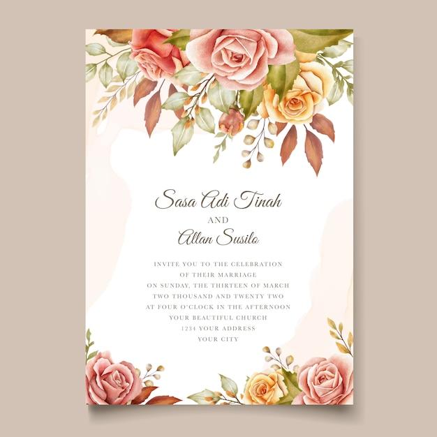 Bloemen bruiloft uitnodigingskaart Gratis Vector