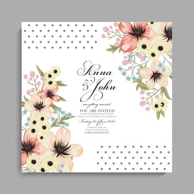 Bloemenhuwelijkskaart met gele bloemen Gratis Vector