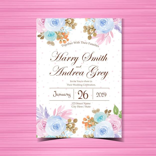 Bloemenhuwelijksuitnodiging met mooie bloemen Premium Vector
