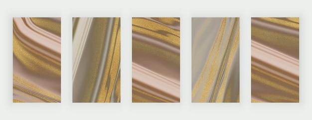 Bruin en naakt met gouden glitter vloeibare marmeren achtergronden voor sociale media Premium Vector