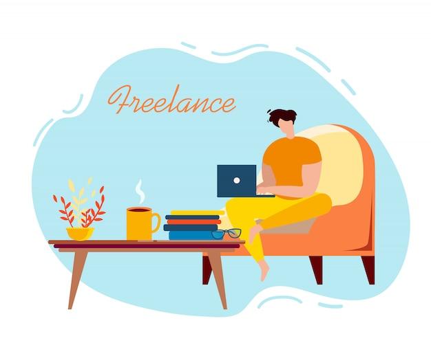 Cartoon mannelijke freelancer zitten in fauteuil met laptop Premium Vector