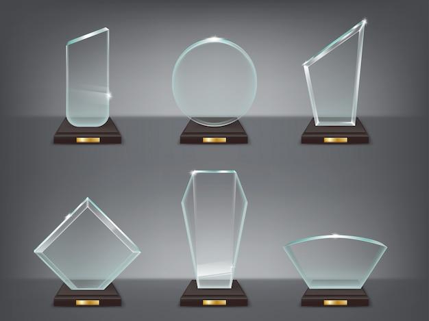 Collectie vector illustratie van moderne glazen trofeeën, prijzen Gratis Vector