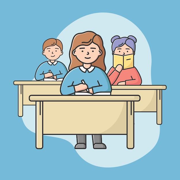 Concept van middelbare school onderwijs. studenten tieners zitten op lezing in klas. leerlingen jongens en meisjes aan bureaus zitten en aantekeningen maken. cartoon lineaire omtrek vlakke stijl. vector illustratie Premium Vector