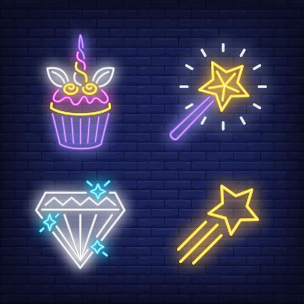 Cupcake, vliegende ster, diamant en toverstaf neonreclames instellen Gratis Vector