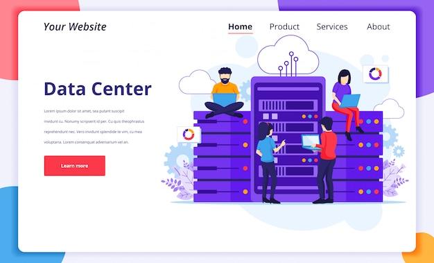 Data center services-concept, mensen die laptops gebruiken, hebben toegang tot bestandsgegevens voor gigantische servers. landingspagina ontwerpsjabloon Premium Vector