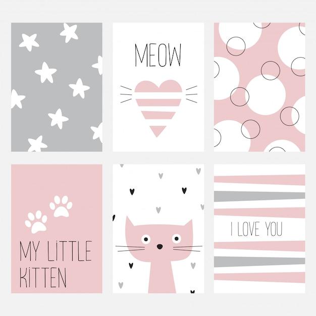 De set van zes kaarten met een leuke kat op een roze achtergrond. Premium Vector