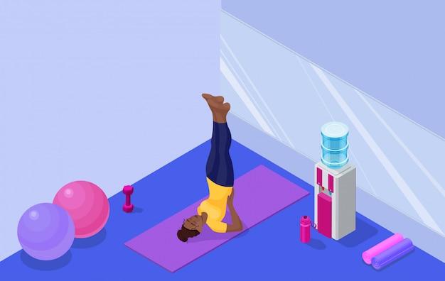 De studiobinnenland van de yoga met afrikaanse vrouw die geschiktheidsoefening doet Premium Vector