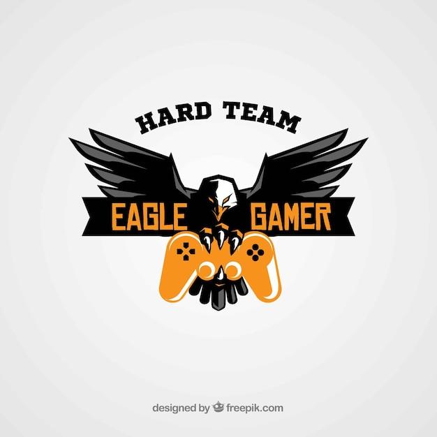 E-sport team logo sjabloon met adelaar en joystick Gratis Vector