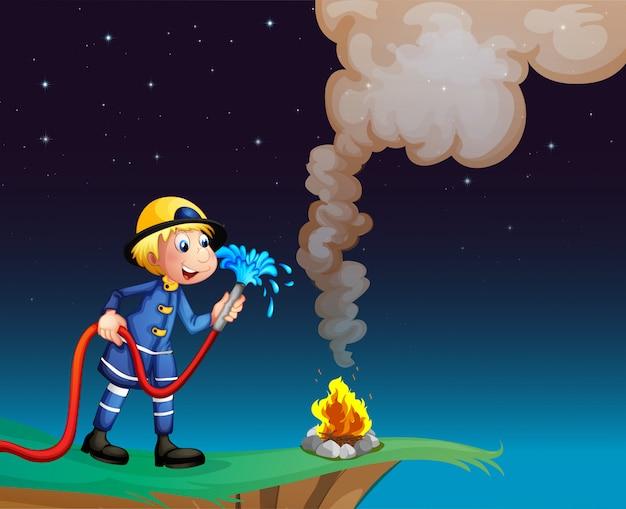 Een brandweerman met een waterslang Premium Vector