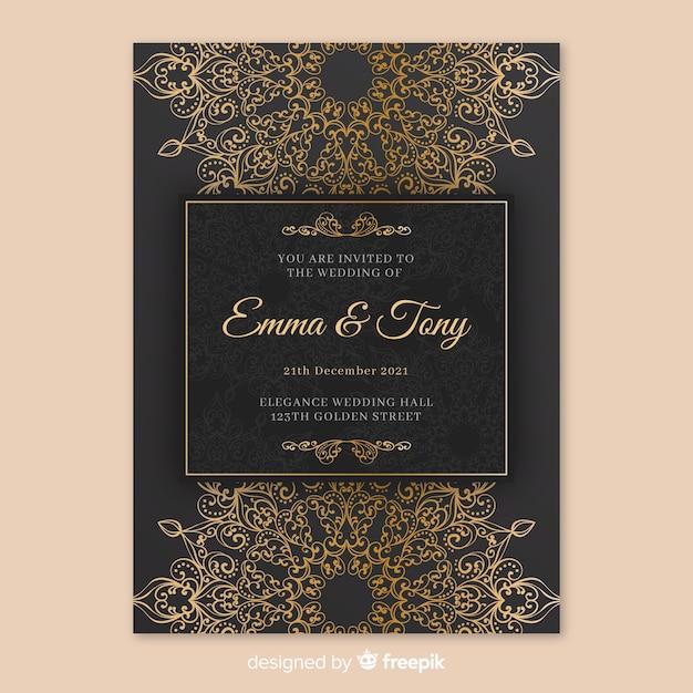Elegante bruiloft uitnodiging sjabloon met mandala Gratis Vector