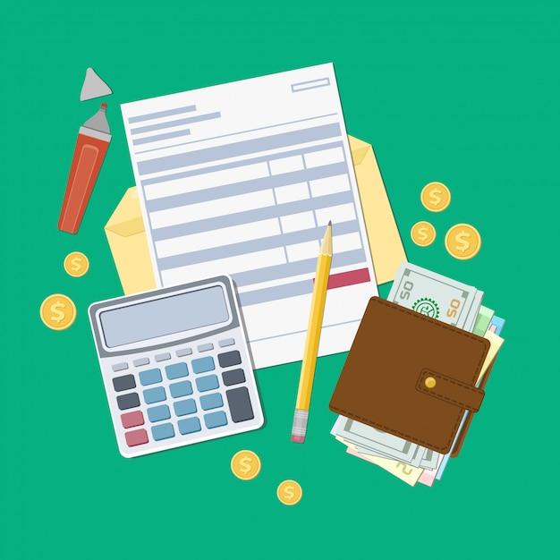 Factuurbetaling of een belastingfactuur. open envelop met een cheque, rekenmachine, tas met geld, potlood, marker, gouden munten. uitzicht van boven. illustratie. platte webdesign. Premium Vector
