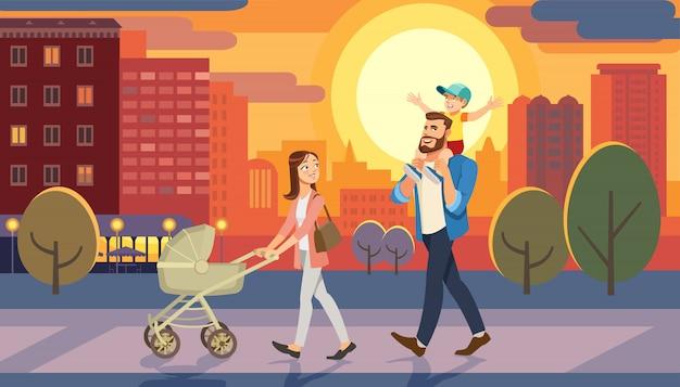 Familie die met babyauto bij stadszonsondergang loopt. vader die zoon op zijn schouders houdt. Premium Vector