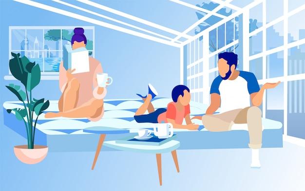 Familie, samen tijd doorbrengen op een gezellig matras Premium Vector