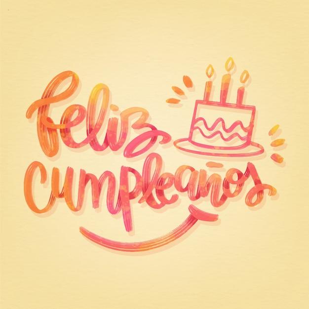Feliz cumpleaños belettering met cake en kaarsen Gratis Vector