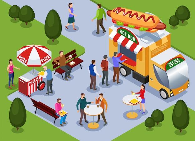 Fragment van het landschap van het stadspark met de pizzakar van de hotdogvrachtwagen en mensen die in openlucht isometrische vectorillustratie eten Gratis Vector